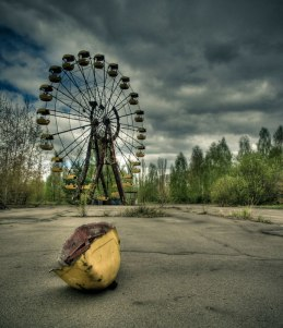 c4e91_Chernobyl-Today-A-Creepy-Story-told-in-Pictures-funfair