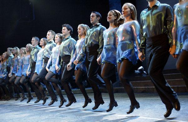 Irish Dancing Beginner Light Jig Lesson: The Lead Around ...
